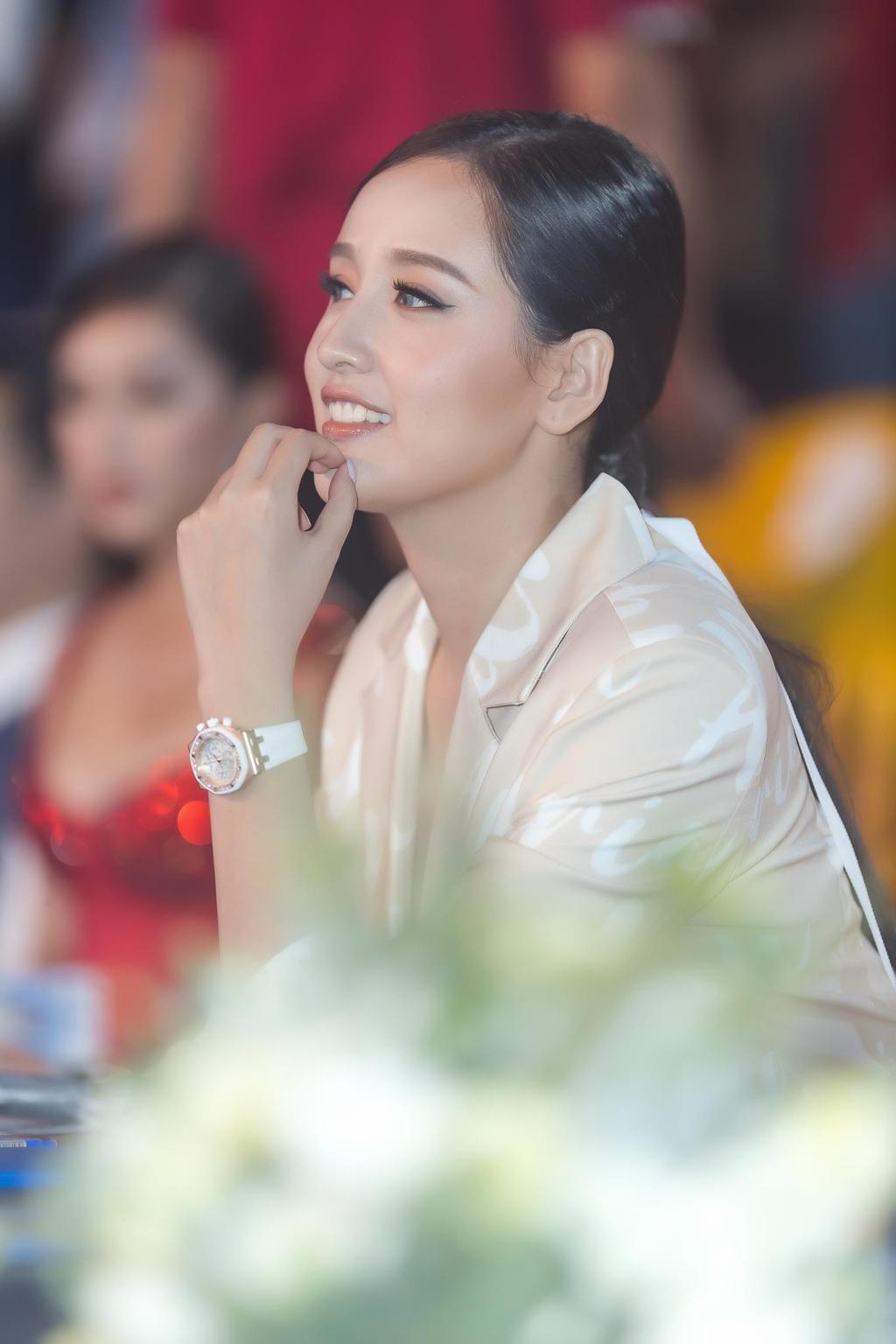 Mai Phuong Thuy: 'Neu toi vo no, nguoi yeu se tra giup' hinh anh 5