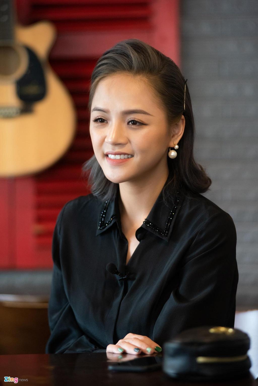 Thu Quynh khen Bao Thanh giua nghi an 'bang mat khong bang long' hinh anh 3