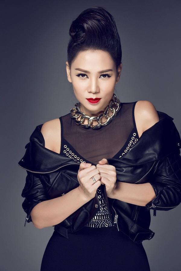 On ao Vpop 2019: Hit cua Chi Pu bi xai 'chua', Huong Ly dinh tai tieng hinh anh 5
