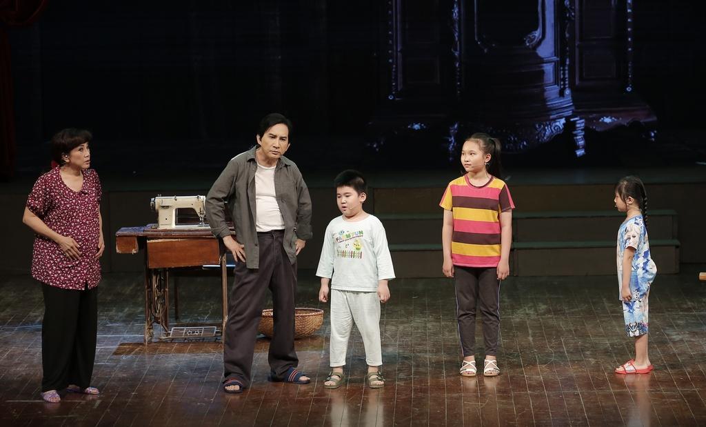 Kim Tu Long Ngoc Huyen live show Ha Noi anh 7