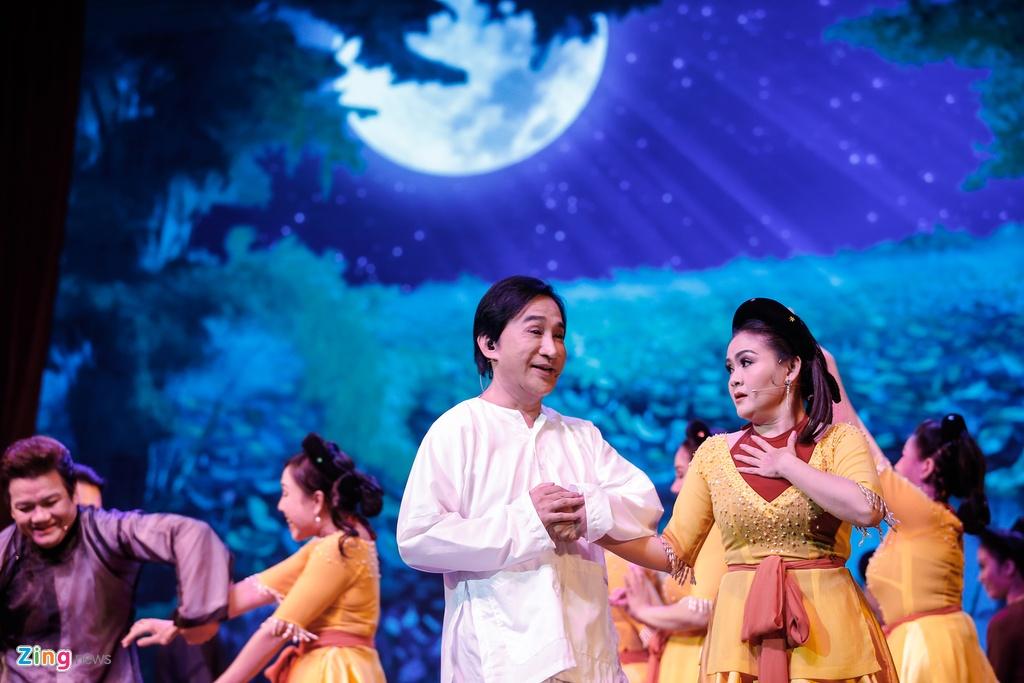Kim Tu Long Ngoc Huyen live show Ha Noi anh 4