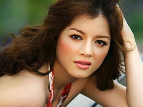 Ly Nha Ky: Nguoi dep bi an cua showbiz Viet hinh anh 1