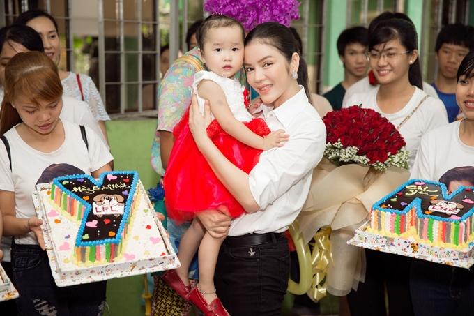 Ly Nha Ky: Nguoi dep bi an cua showbiz Viet hinh anh 10