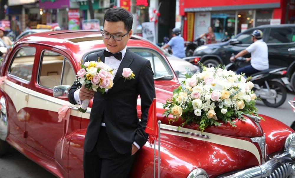 Bien tap vien VTV Thu Ha hanh phuc len xe hoa hinh anh 4