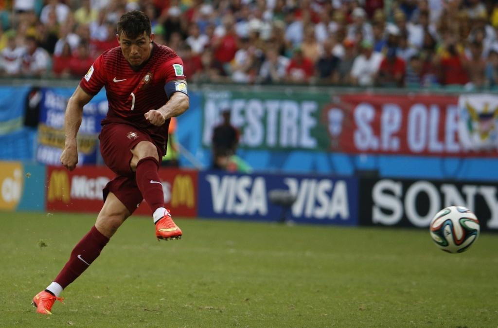 Nhung chuyen gia sut phat hang dau tai EURO 2016 hinh anh 2