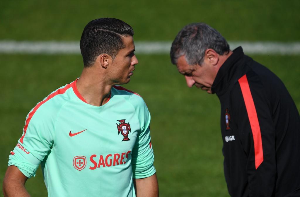 Ronaldo tich cuc tap luyen sau khi bi si nhuc hinh anh 8