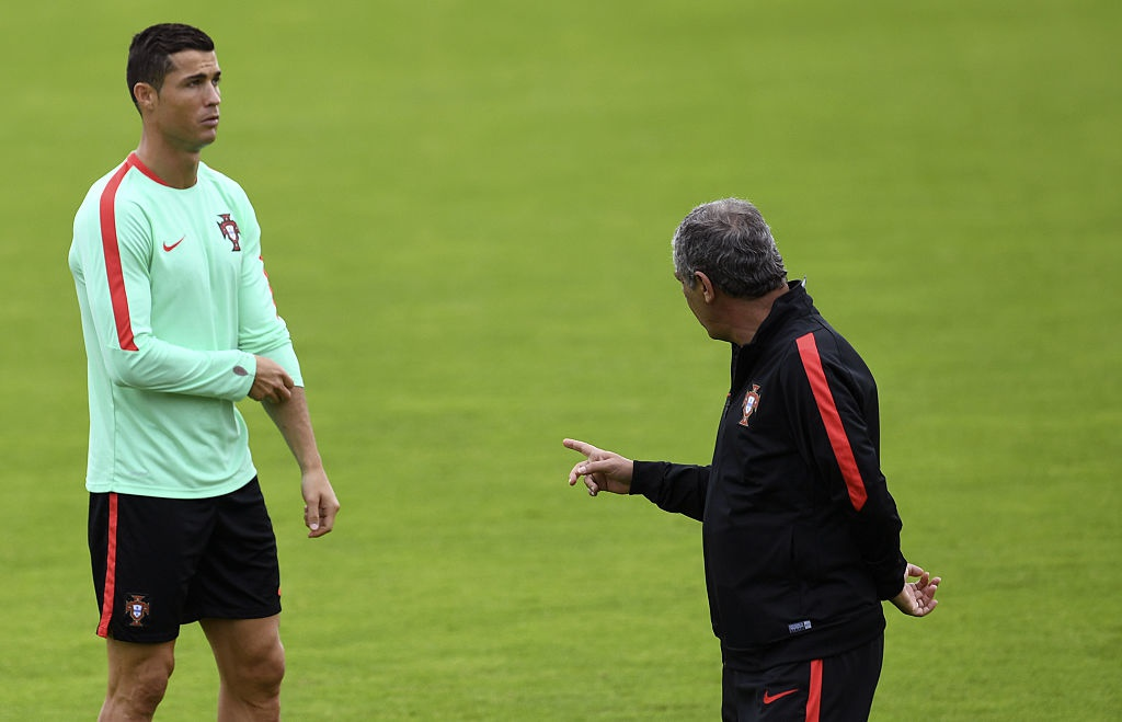 Ronaldo bo tap doi khang truoc tran gap Croatia hinh anh 8