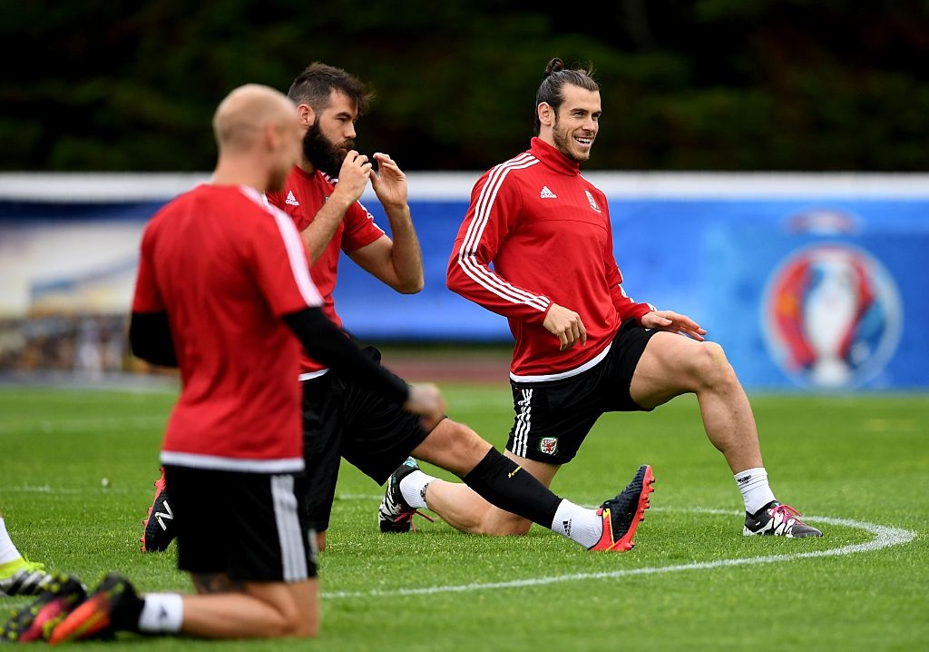 Bale tu tin truoc Ronaldo o ban ket Euro 2016 hinh anh 9