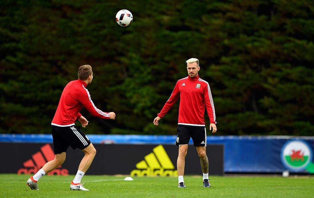 Bale tu tin truoc Ronaldo o ban ket Euro 2016 hinh anh 7