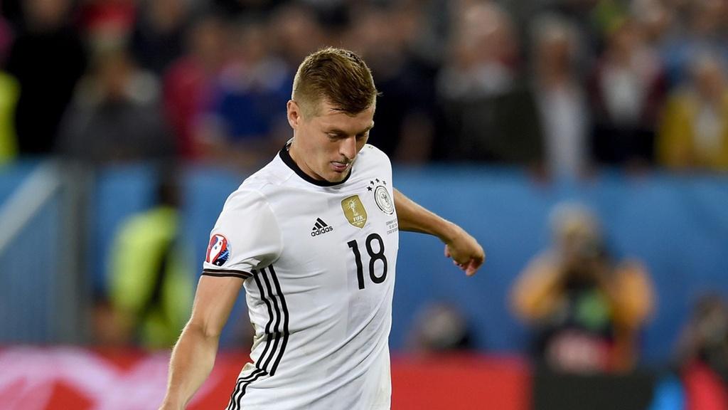 Doi hinh ngoi sao hay nhat Euro 2016 hinh anh 6