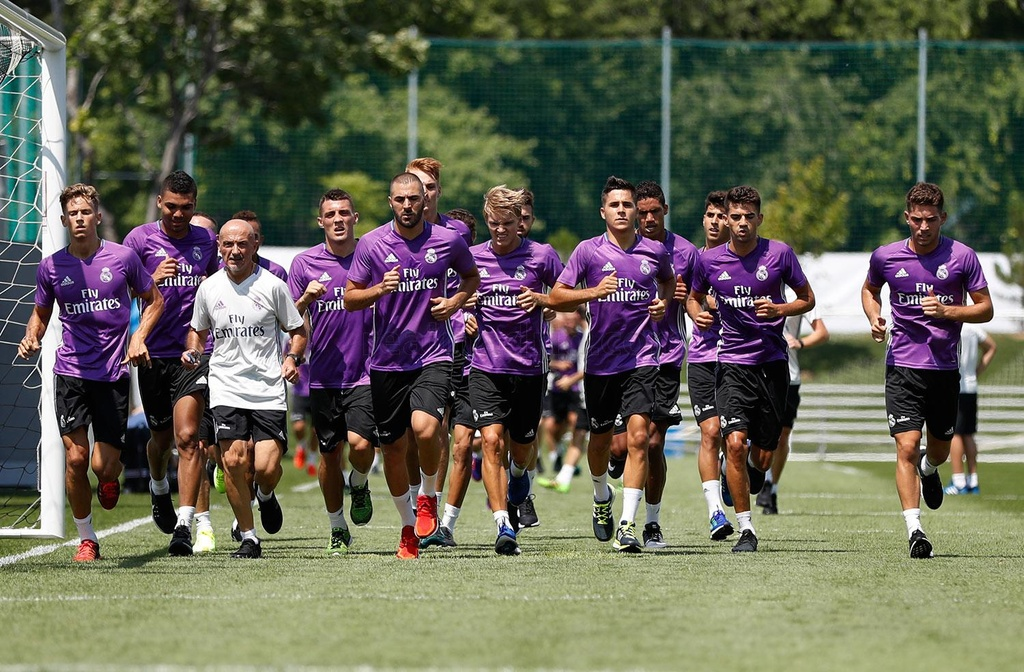 Zidane cho cau thu Real chay bo, leo doc ren the luc hinh anh 2