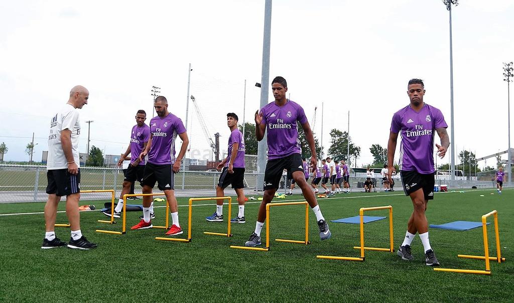 Zidane cho cau thu Real chay bo, leo doc ren the luc hinh anh 5