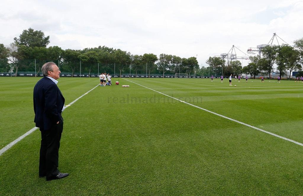 Zidane cho cau thu Real chay bo, leo doc ren the luc hinh anh 13