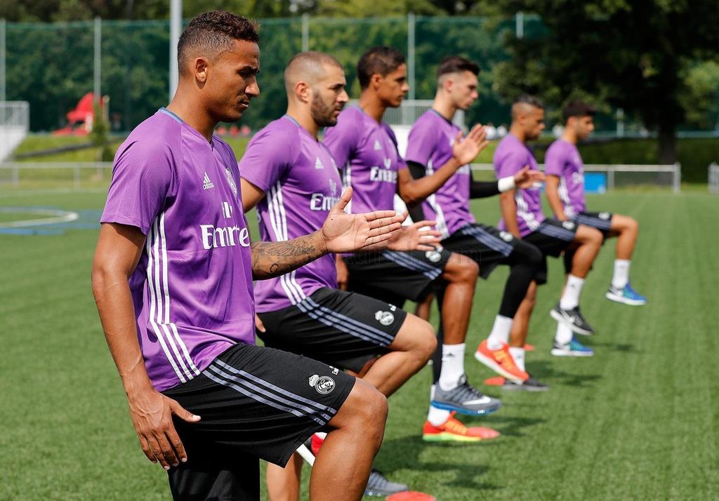 Zidane cho cau thu Real chay bo, leo doc ren the luc hinh anh 9