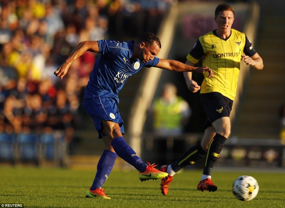 Leicester City vat va danh bai doi thu hang 4 hinh anh 4