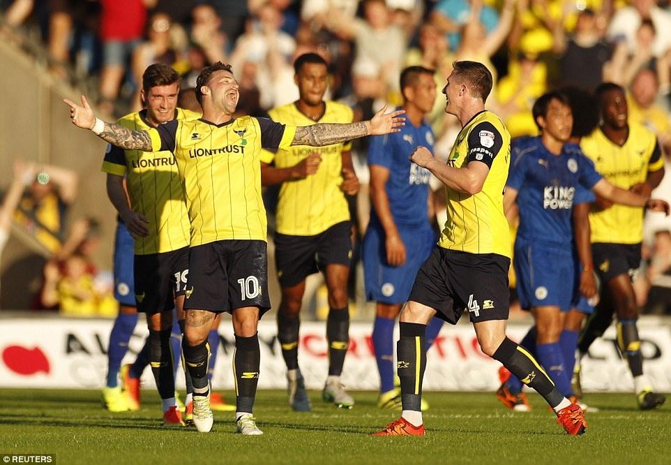 Leicester City vat va danh bai doi thu hang 4 hinh anh 6