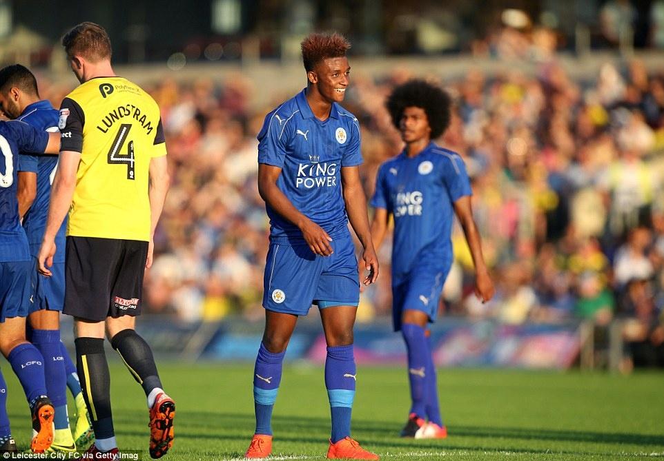 Leicester City vat va danh bai doi thu hang 4 hinh anh 7