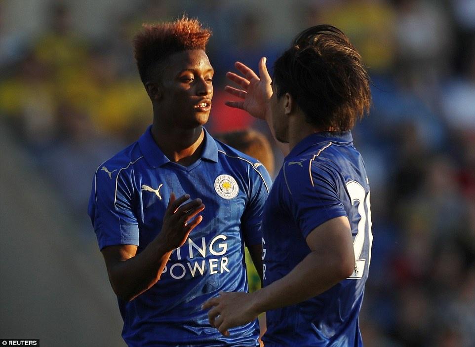 Leicester City vat va danh bai doi thu hang 4 hinh anh 8