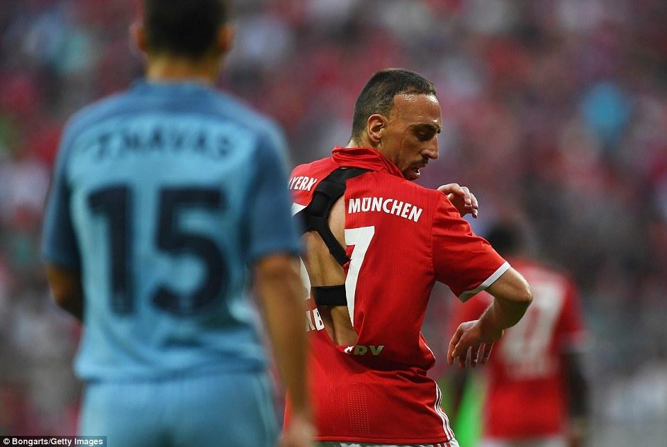 Guardiola thua khi tro lai Bayern hinh anh 5