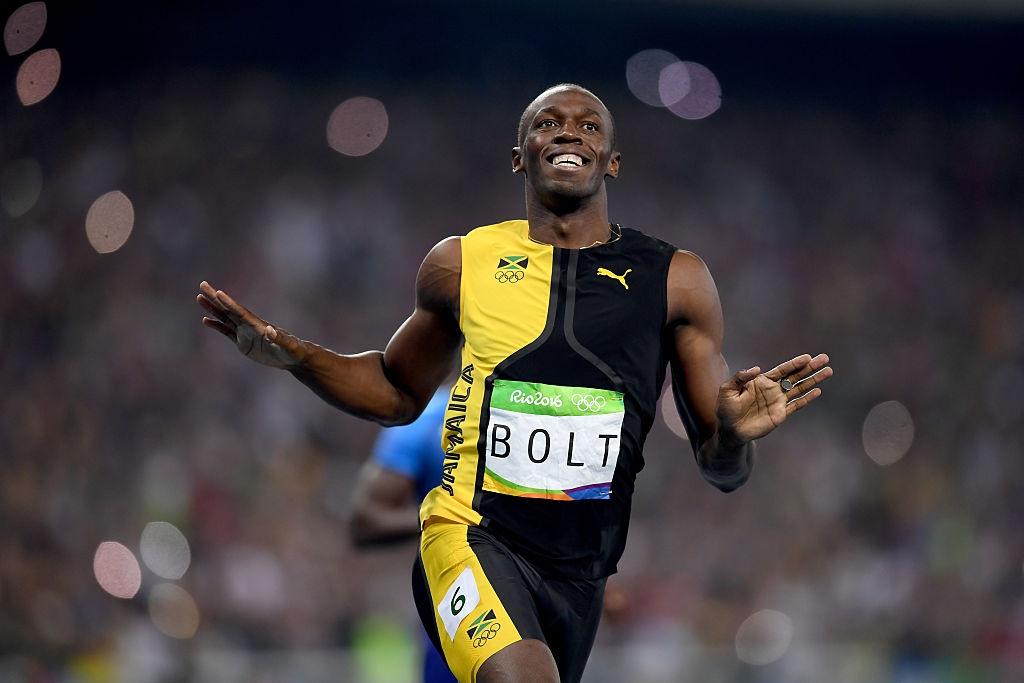 Bolt quay lai nhin doi thu khi ve nhat tao cam xuc o Olympic hinh anh 3