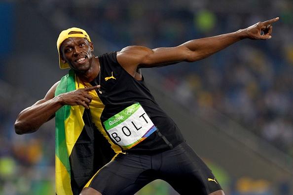 Bolt quay lai nhin doi thu khi ve nhat tao cam xuc o Olympic hinh anh 4