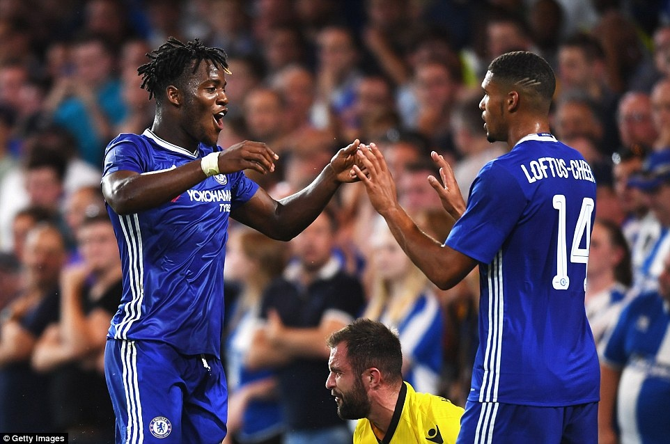 Chelsea thang CLB hang 3 o League Cup anh 7