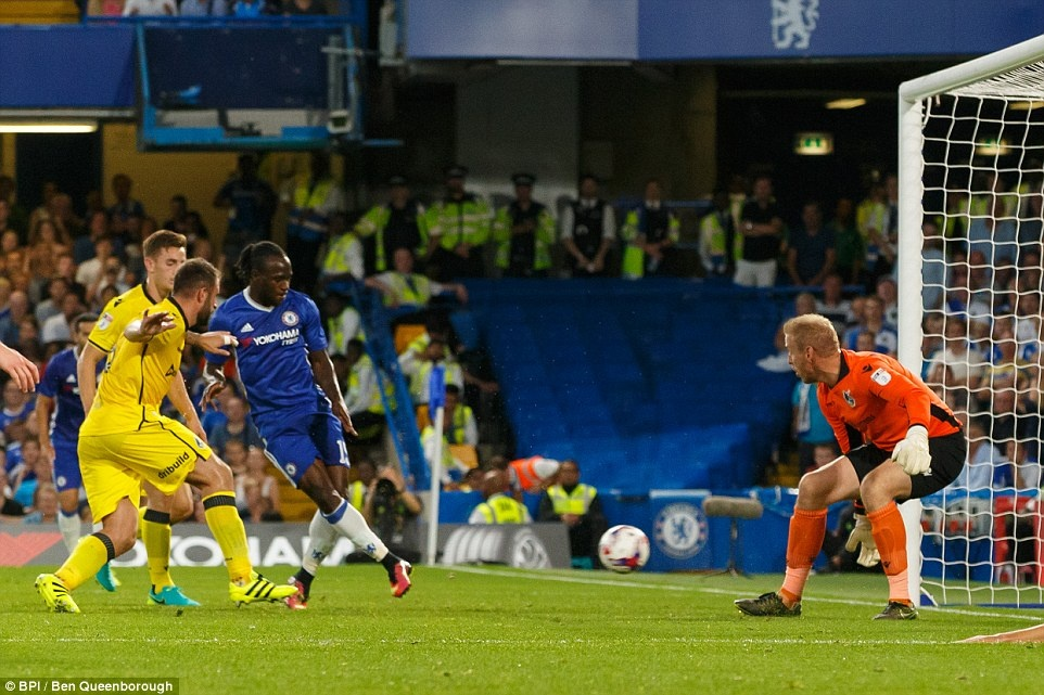 Chelsea thang CLB hang 3 o League Cup anh 5