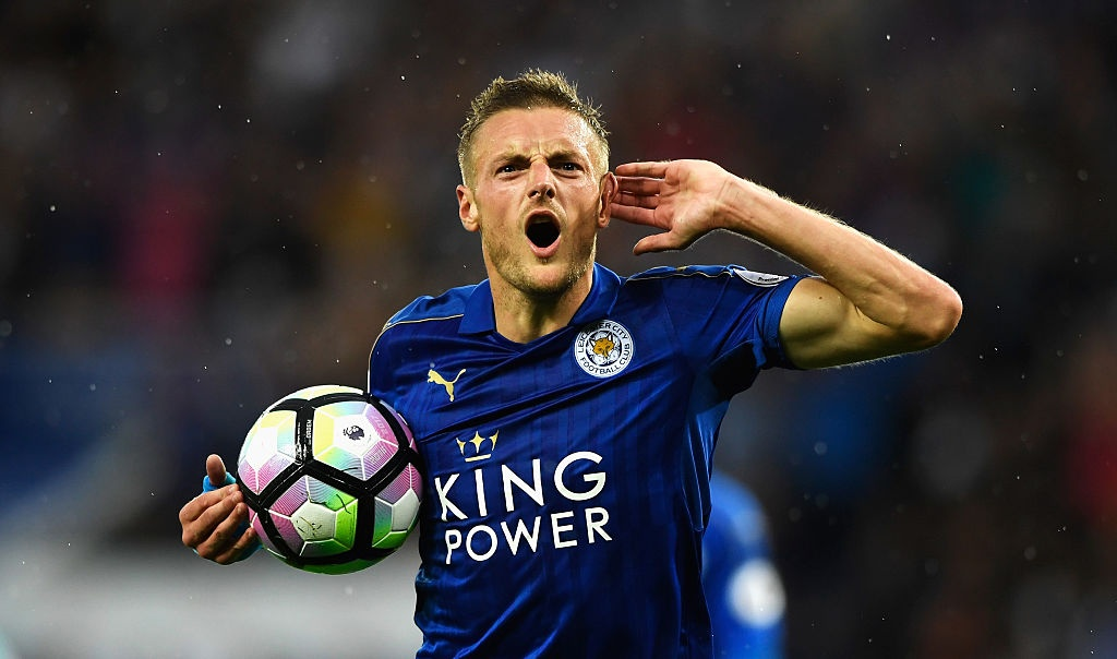 Vardy ghi ban giup Leicester chien thang anh 2