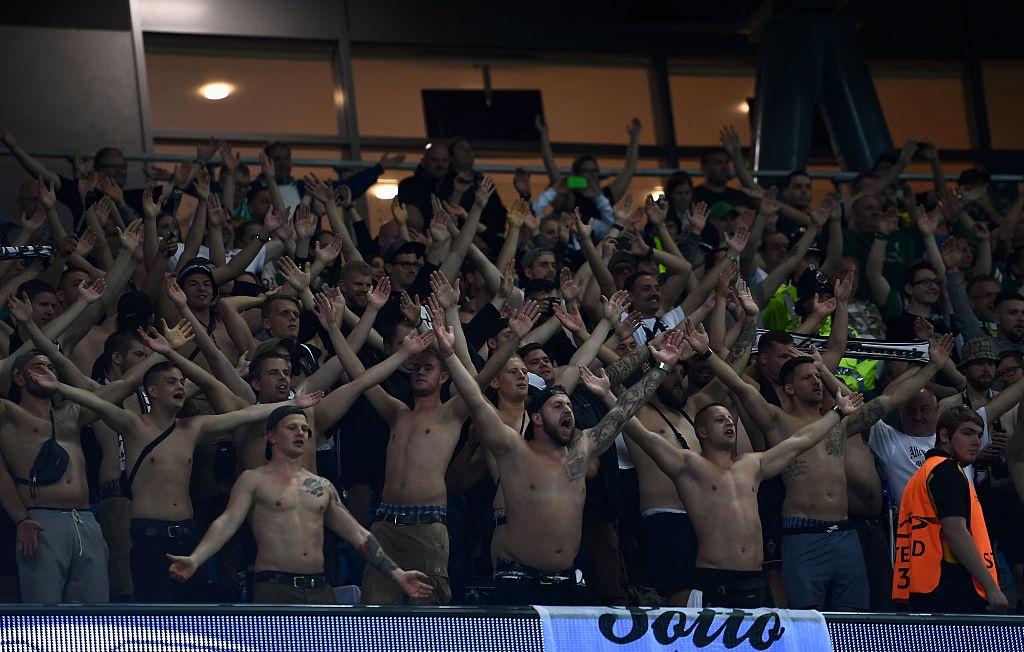 CDV Duc khien khong khi Champions League them nong hinh anh 1