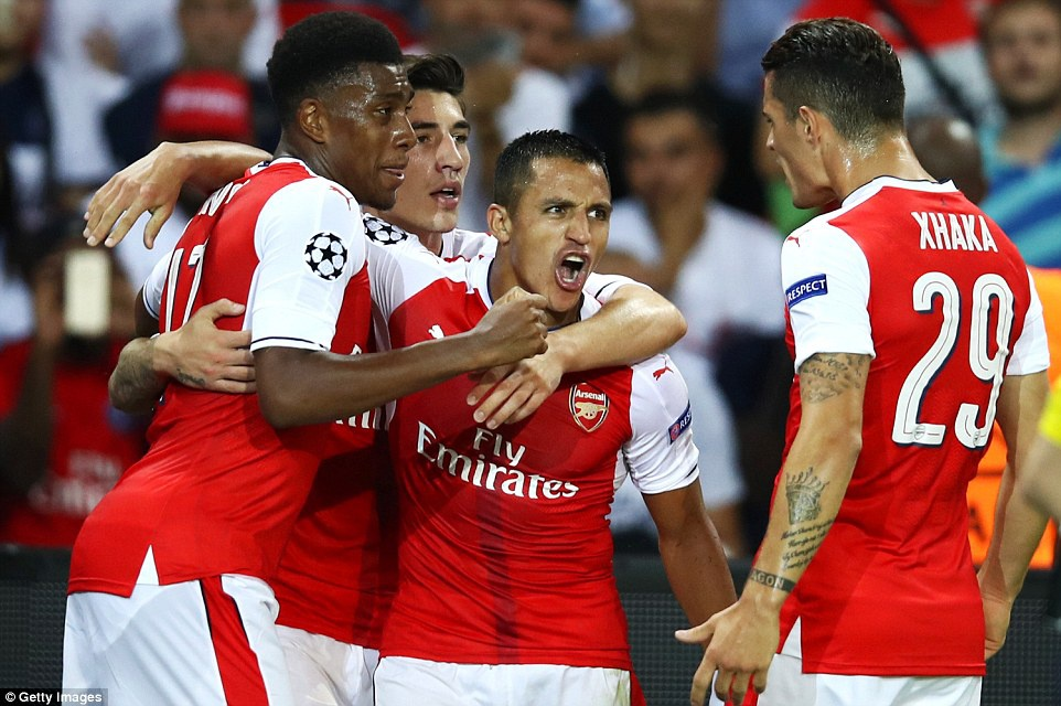Arsenal thoat thua truoc PSG trong tran co 2 the do hinh anh 12