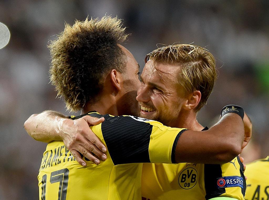 Dortmund thang 6-0 o Champions League anh 2