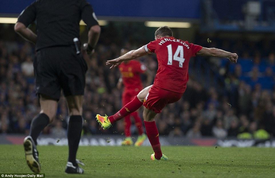 Liverpool danh bai Chelsea 2-1 anh 8