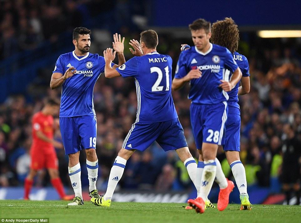 Liverpool danh bai Chelsea 2-1 anh 10