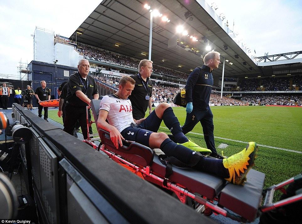 Tottenham tra gia dat cho tran thang doi cua David Moyes hinh anh 4