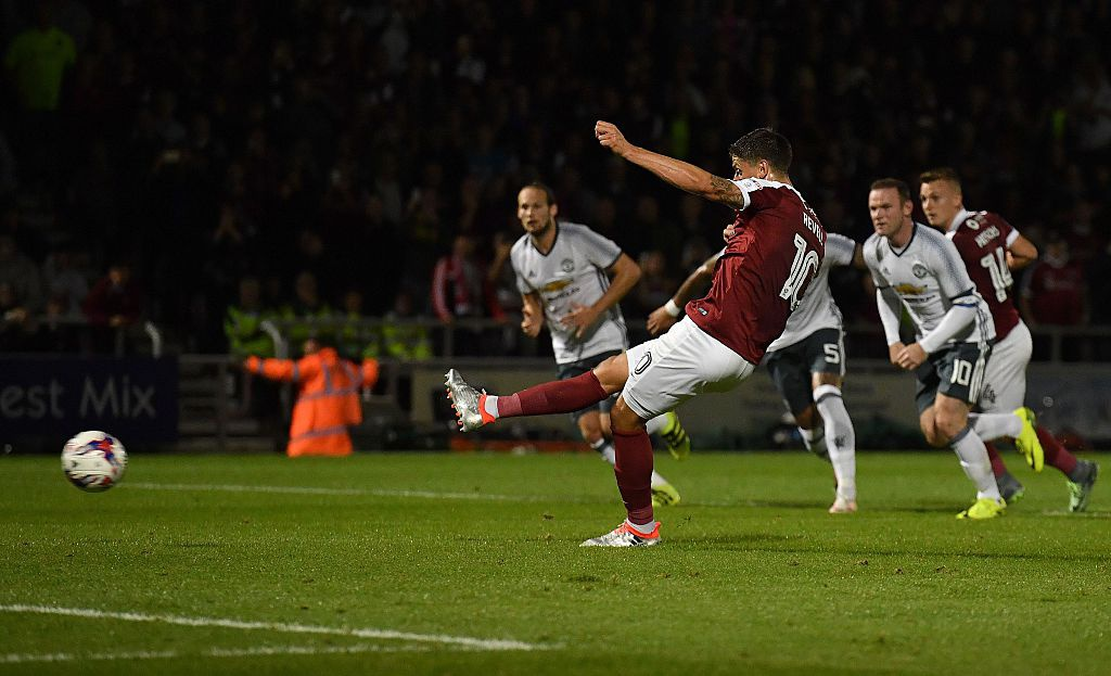 Rashford ghi ban giup MU thang 3-1 tai League Cup hinh anh 6