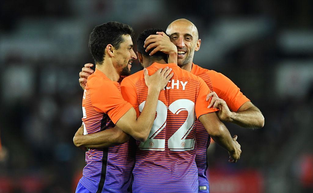 Man City cua Guardiola thang tran thu 7 lien tiep tu dau mua hinh anh 7