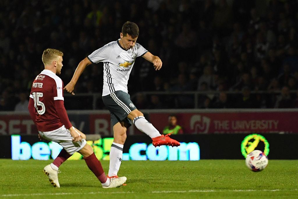 Rashford ghi ban giup MU thang 3-1 tai League Cup hinh anh 9