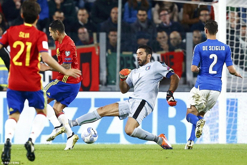 Tay Ban Nha mat chien thang truoc Italy anh 9
