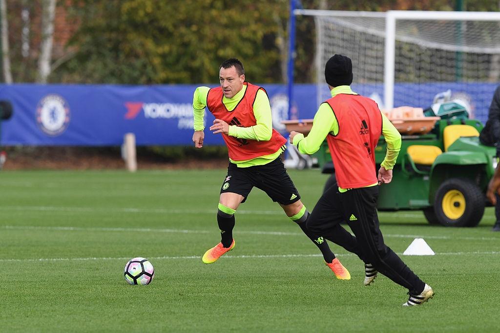 Don Terry tro lai, Conte san sang doi dau Mourinho hinh anh 4