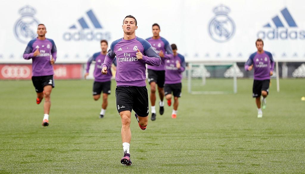 Ronaldo miet mai tap luyen nham giai con khat ban thang hinh anh 2