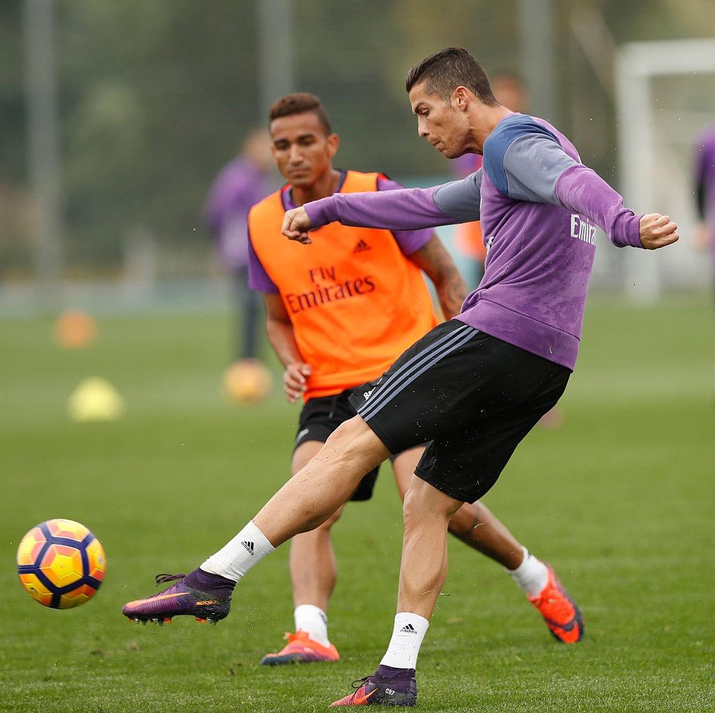 Ronaldo miet mai tap luyen nham giai con khat ban thang hinh anh 3