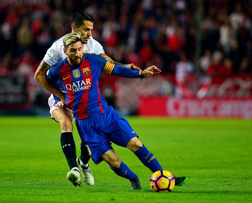 Messi va Suarez giup Barca thang nguoc Sevilla 2-1 hinh anh 4