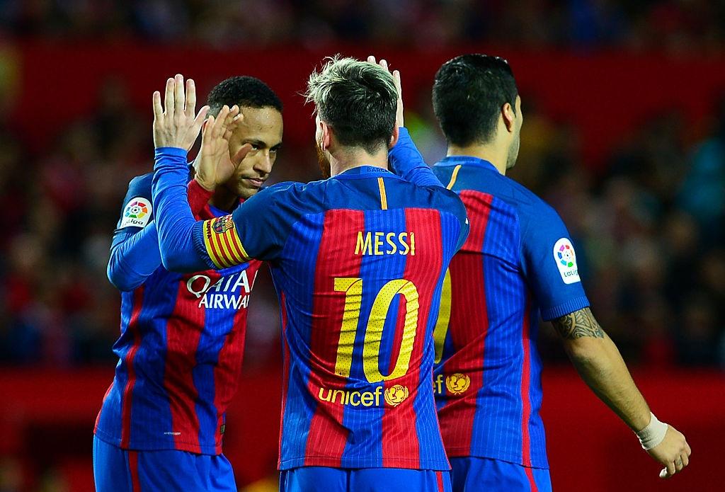 Messi va Suarez giup Barca thang nguoc Sevilla 2-1 hinh anh 6