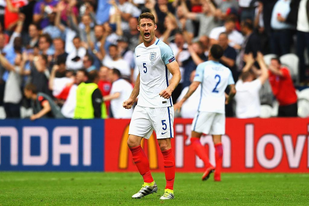 Rooney mat cho trong doi hinh ket hop Anh - Tay Ban Nha hinh anh 4
