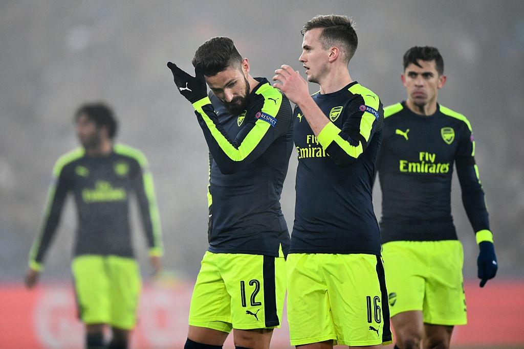 Thang tran cuoi 4-1, Arsenal dan dau bang o Champions League hinh anh 9