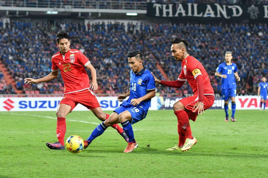 Xuan Truong vao doi hinh hay nhat ban ket AFF Cup hinh anh 10