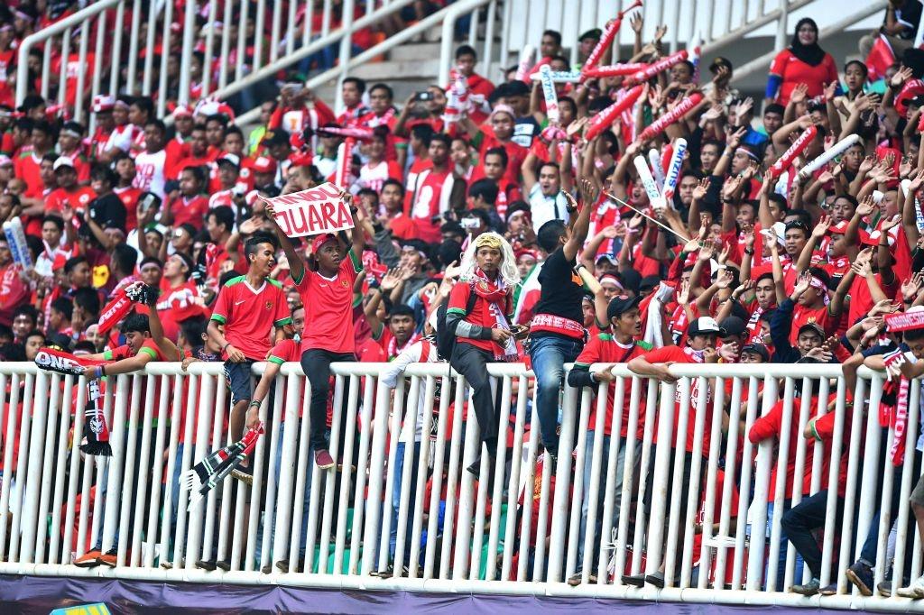 Fan Indonesia treo rao co vu doi nha danh bai Thai Lan hinh anh 2