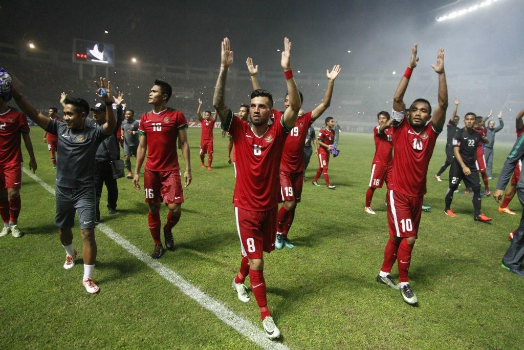 Fan Indonesia treo rao co vu doi nha danh bai Thai Lan hinh anh 10