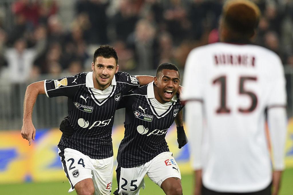 Balotelli sut penalty ghi ban, Nice van thua 2-3 hinh anh 5
