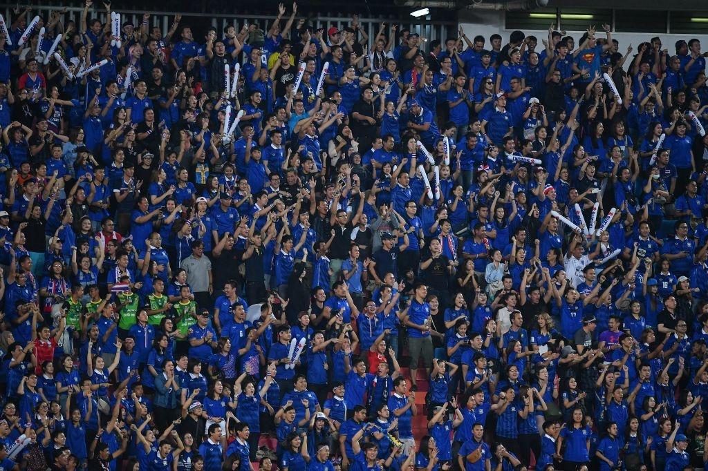 Thai Lan an ui cau thu Indonesia sau chung ket AFF Cup hinh anh 8
